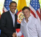 Les présidents Obama et Santos