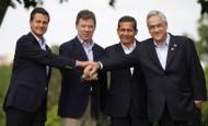 Les présidents mexicain, colombien, péruvien et chilien au sommet de Cali (23/05/13)