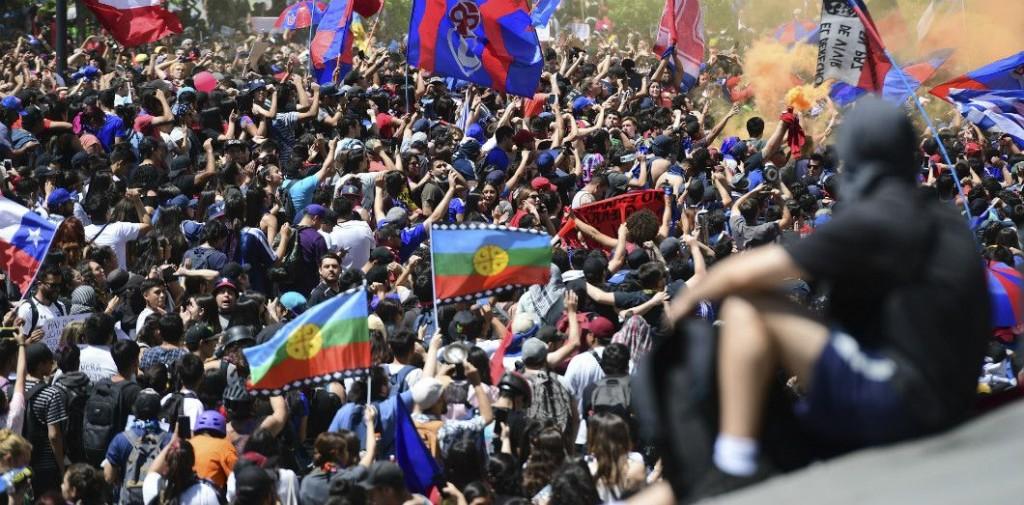 Manifestation à Santiago, le 24 octobre 2019. | Martin Bernetti / AFP